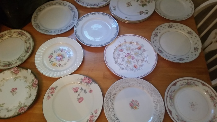 Mismatched China Plates for Rent in Richmond, VA