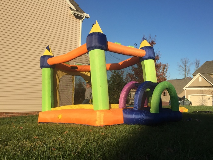 Castle Bounce House for Rent in Richmond, VA